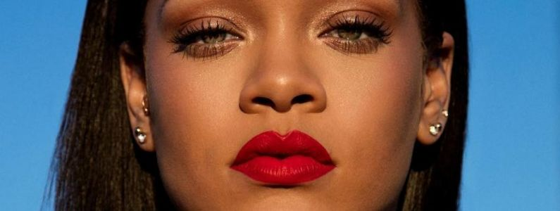Rihanna se bat, Justin Timberlake brille et Taylor Swift chute. Le Billboard Top 200 de la semaine